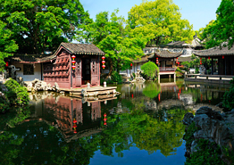 One-Day Tour to Taste Waterside Feelings of Tongli Town